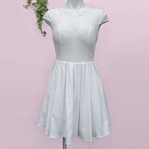 NWT Chi Chi London Modcloth White Lace Tulle Dress